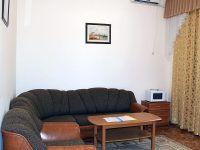 deluxe cottage 1 800 5e32d63e6332cf801854aa3cedb75617